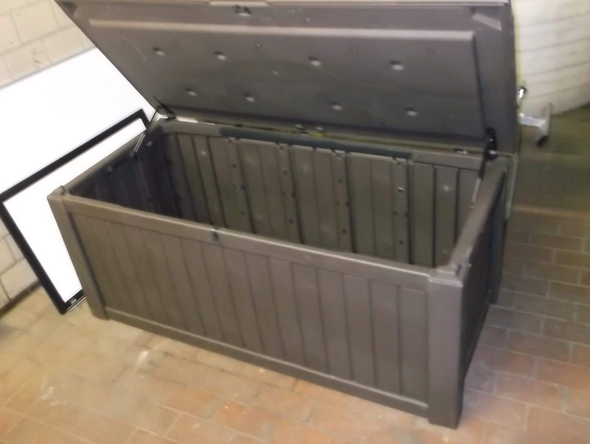 Costco Outdoor Storage Bench | Keter 150 Gallon Deck Box | Keter Rockwood
