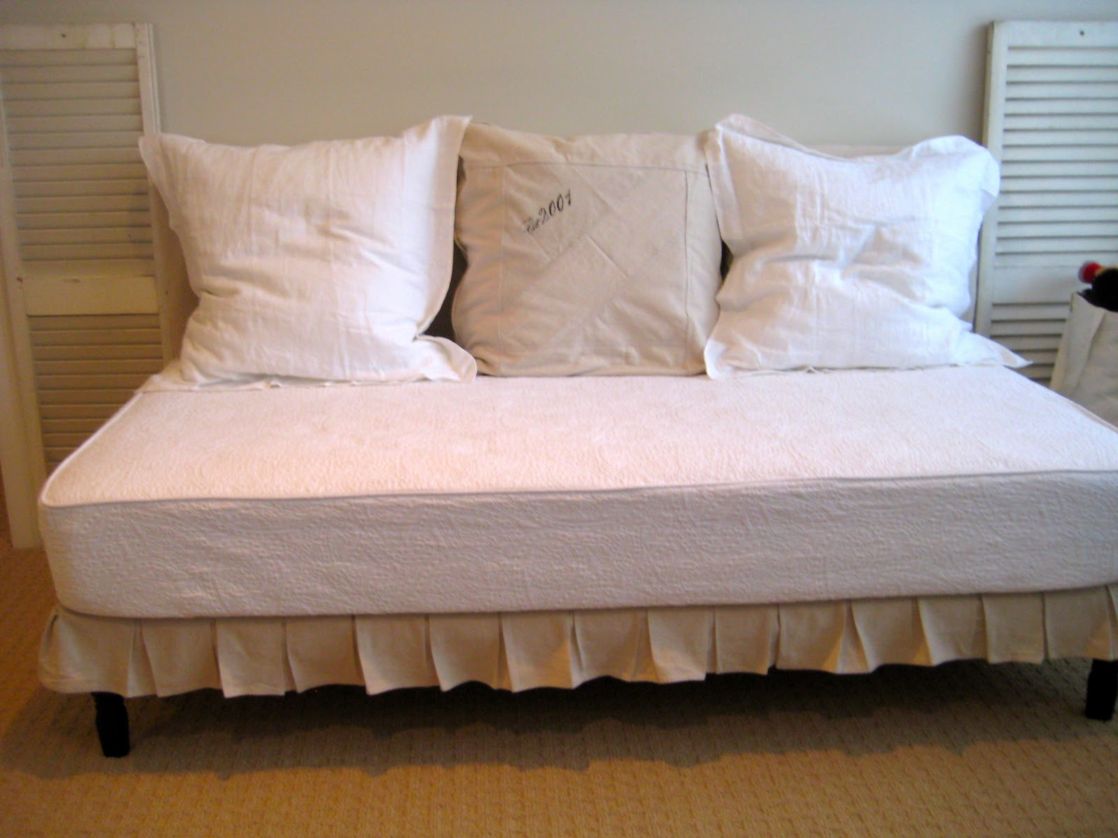 Daybed Cushions | Custom Daybed Cushions | Mattress for Daybed Sizes
