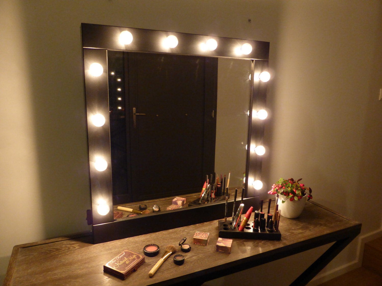 Light up vanity set home decor renovation ideas light up vanity set hollywood vanity mirror with lights glamour girl broadway mirrors light up aloadofball Choice Image