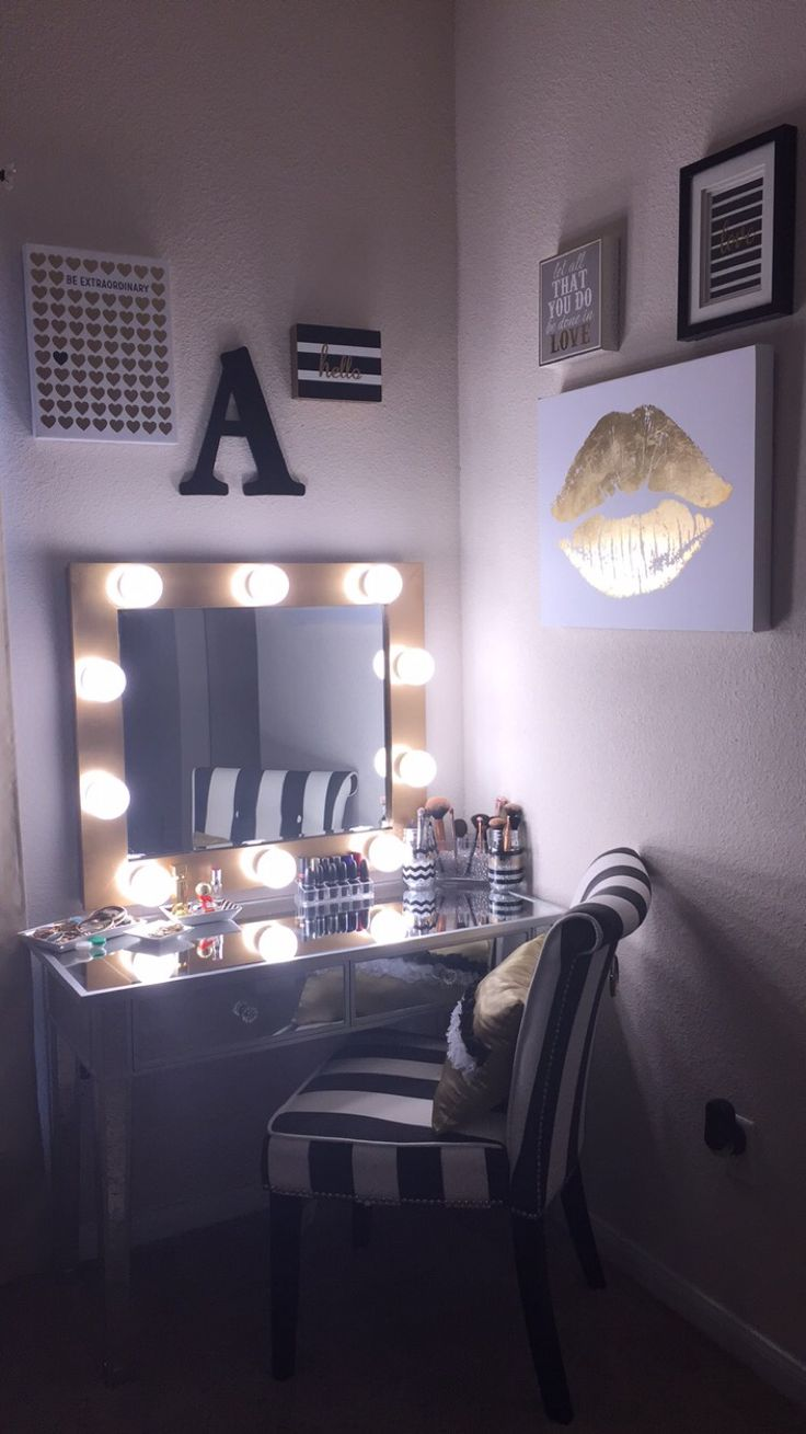 Hollywood Vanity Mirror With Lights | Mirror With Lightbulbs | Vanity Mirror For Makeup