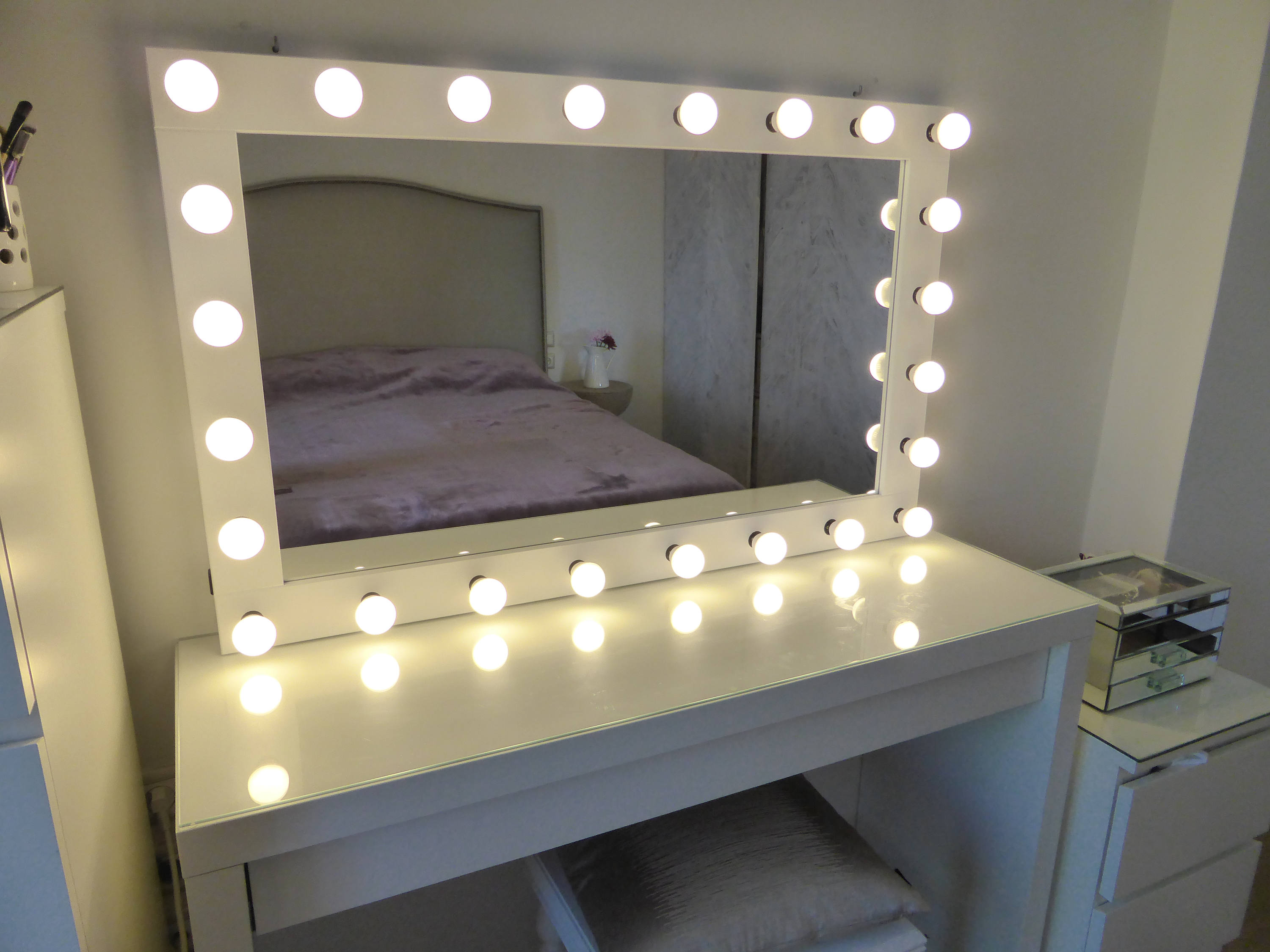 Hollywood Vanity Mirror with Lights | Vanity Makeup Mirrors with Lights | Hollywood Style Makeup Vanity