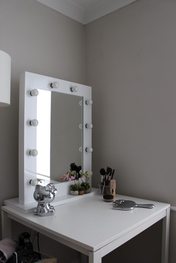 Hollywood Vanity Mirrors With Lights | Hollywood Vanity Mirror With Lights | Hollywood Lighted Makeup Mirror