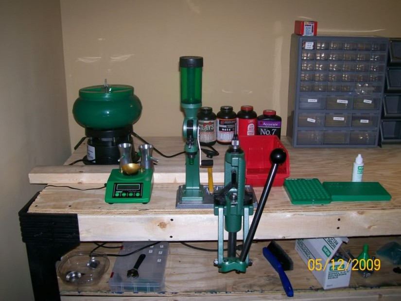 Reloading Benches | Plans For Reloading Bench | How To Make A Reloading Bench