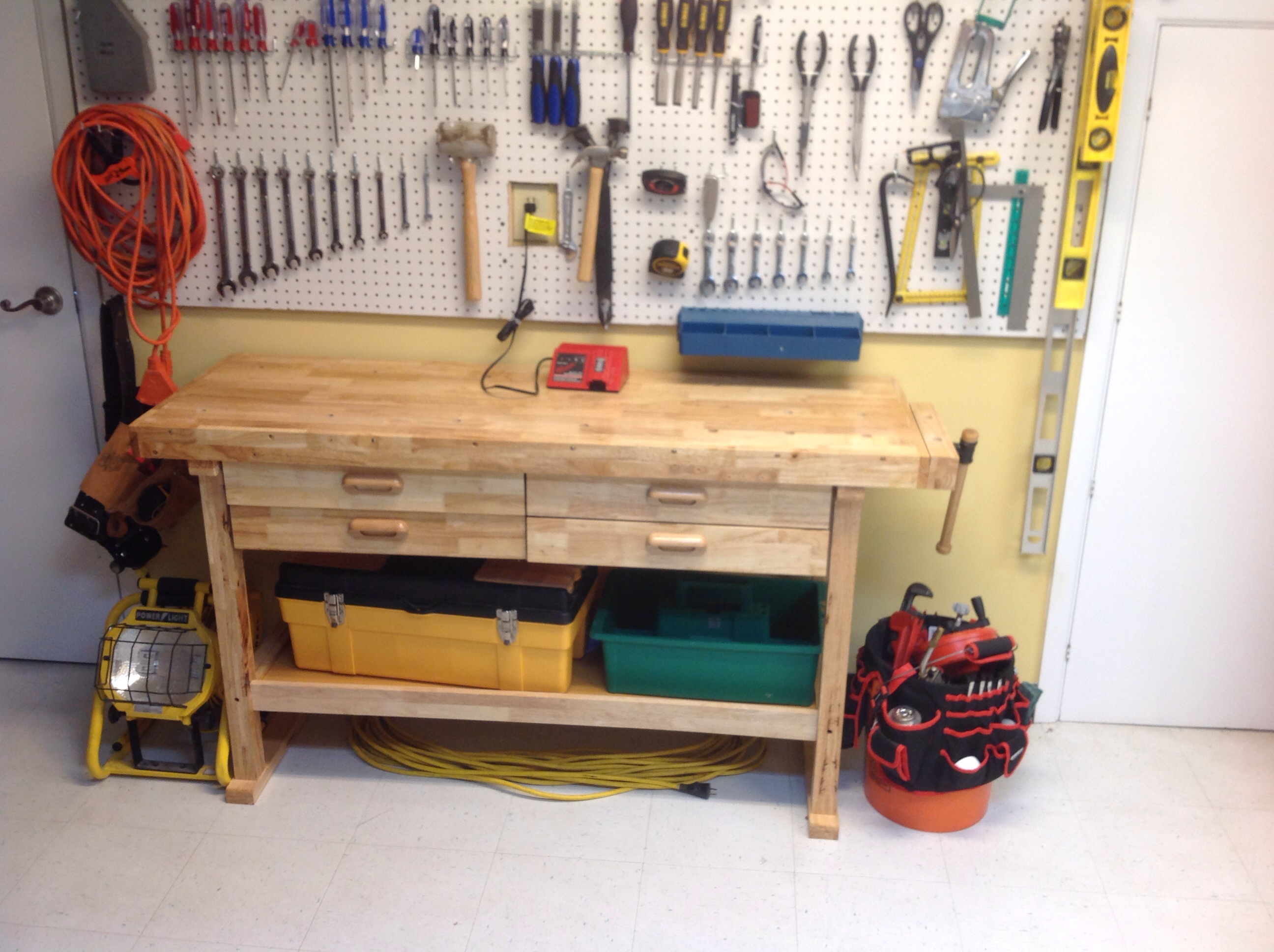Reloading Benches | Reloading Desk | Compact Reloading Bench