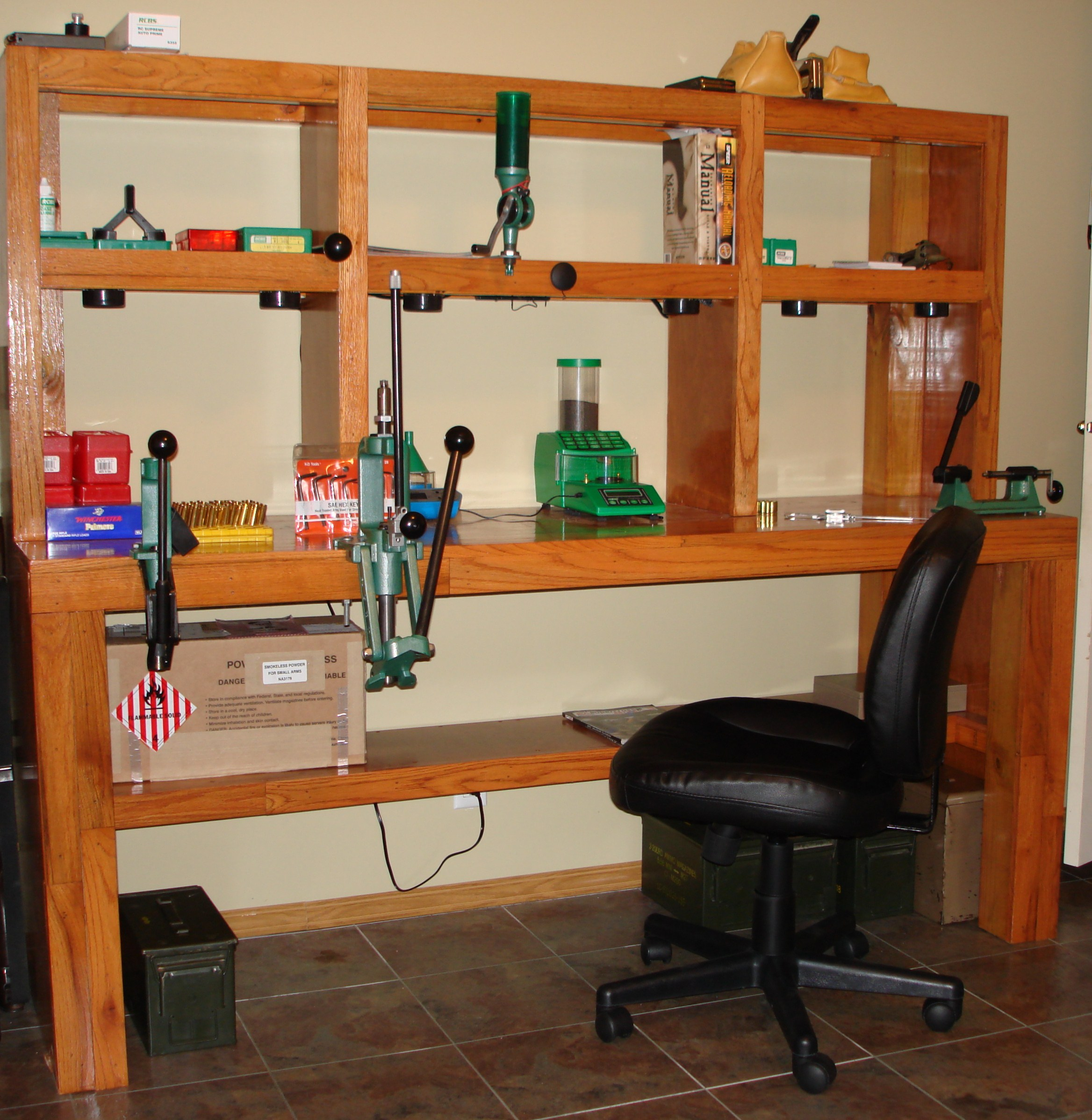 Reloading Table Ideas | Reloading Benches | Homemade Reloading Bench