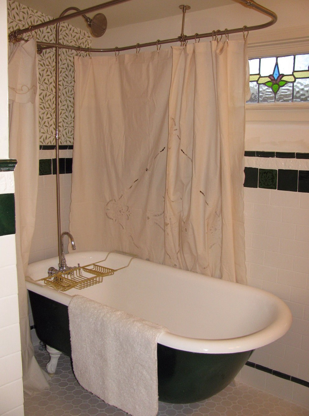 Shower Curtain Holder for Clawfoot Tub | Clawfoot Tub Shower Curtain | All Around Shower Curtain
