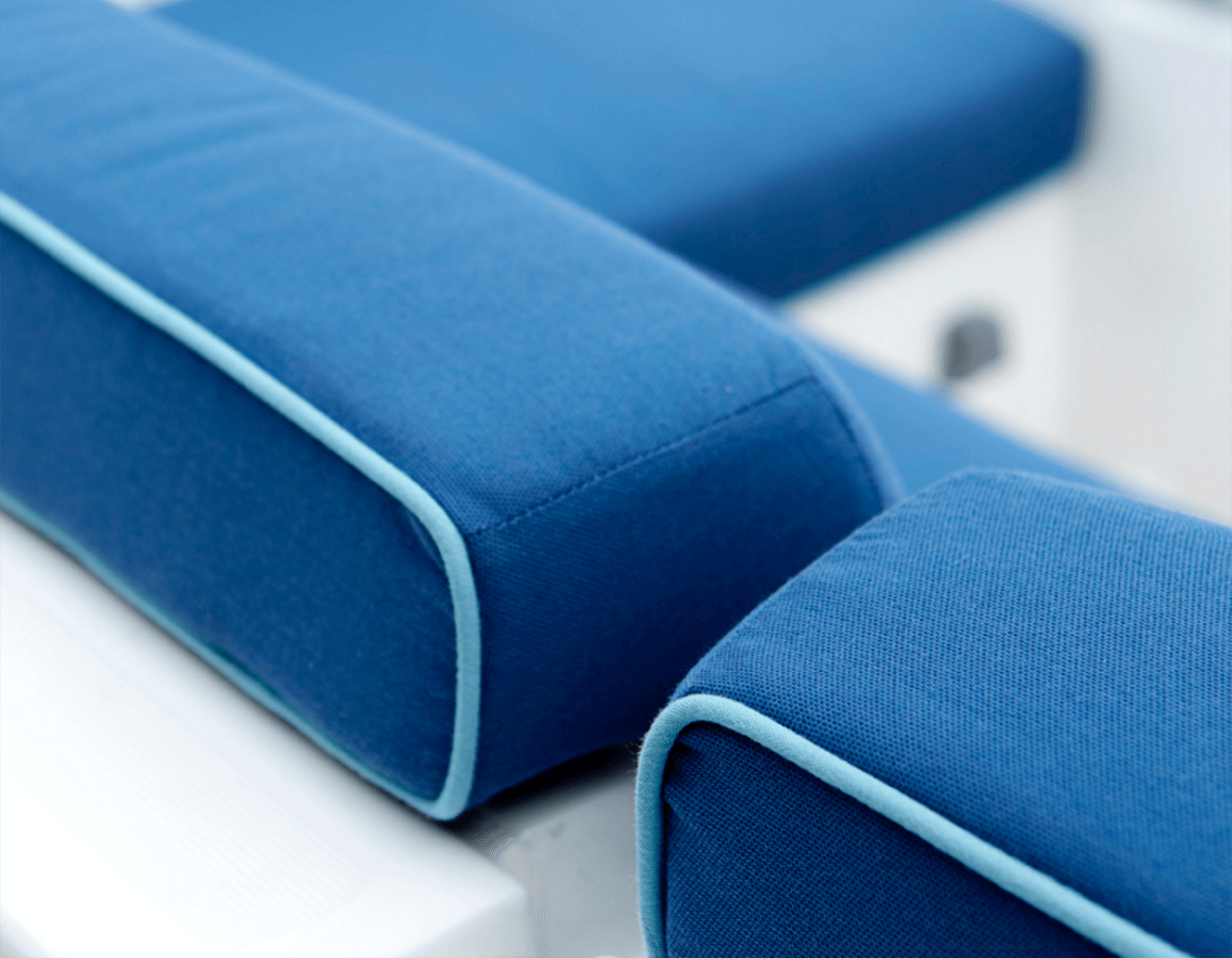 Sunbrella Seat Cushions | Sunbrella Fabric Pillows | Sunbrella Cusions