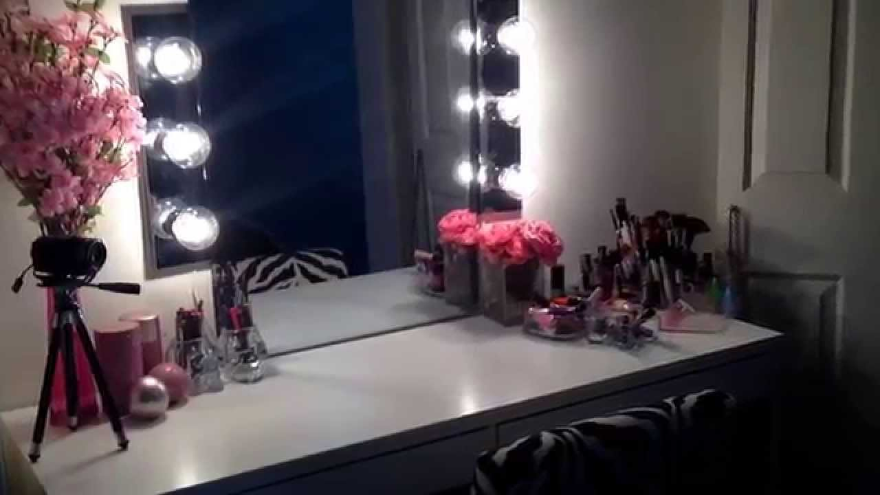 Vanity Makeup Mirror with Light Bulbs | Broadway Lighted Vanity Desk | Hollywood Vanity Mirror with Lights