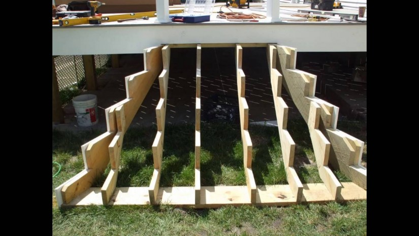 Build Deck Stairs | Cutting Stringers For Stairs | Replacing Deck Stairs