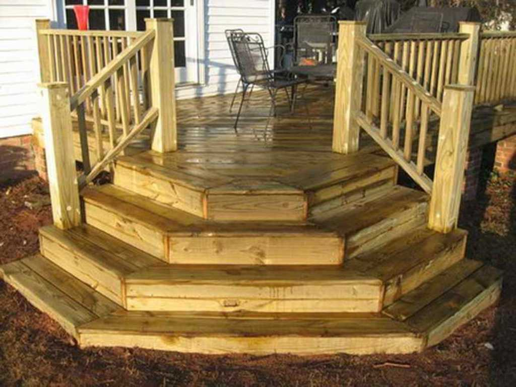 Build Deck Stairs | Laying Out Stair Stringers | 2 Step Riser