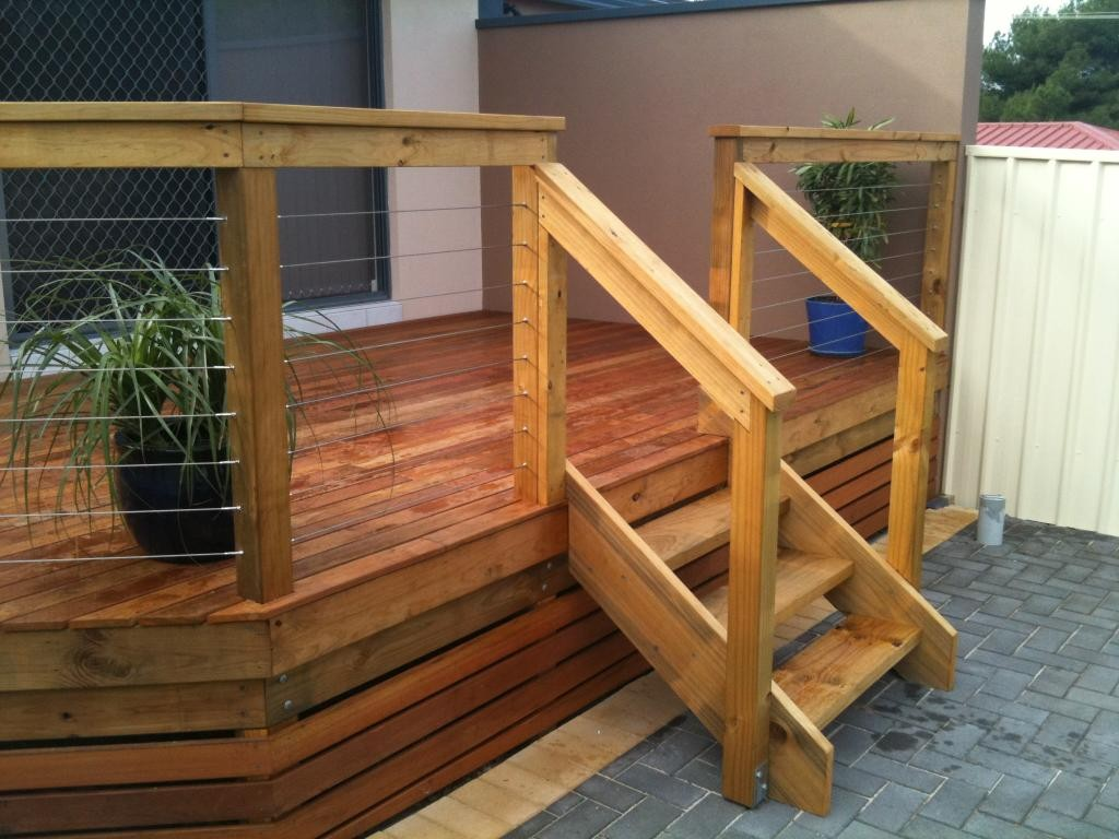 Build Deck Stairs | Stair Stringer Size | Building Deck Stairs Without Stringers