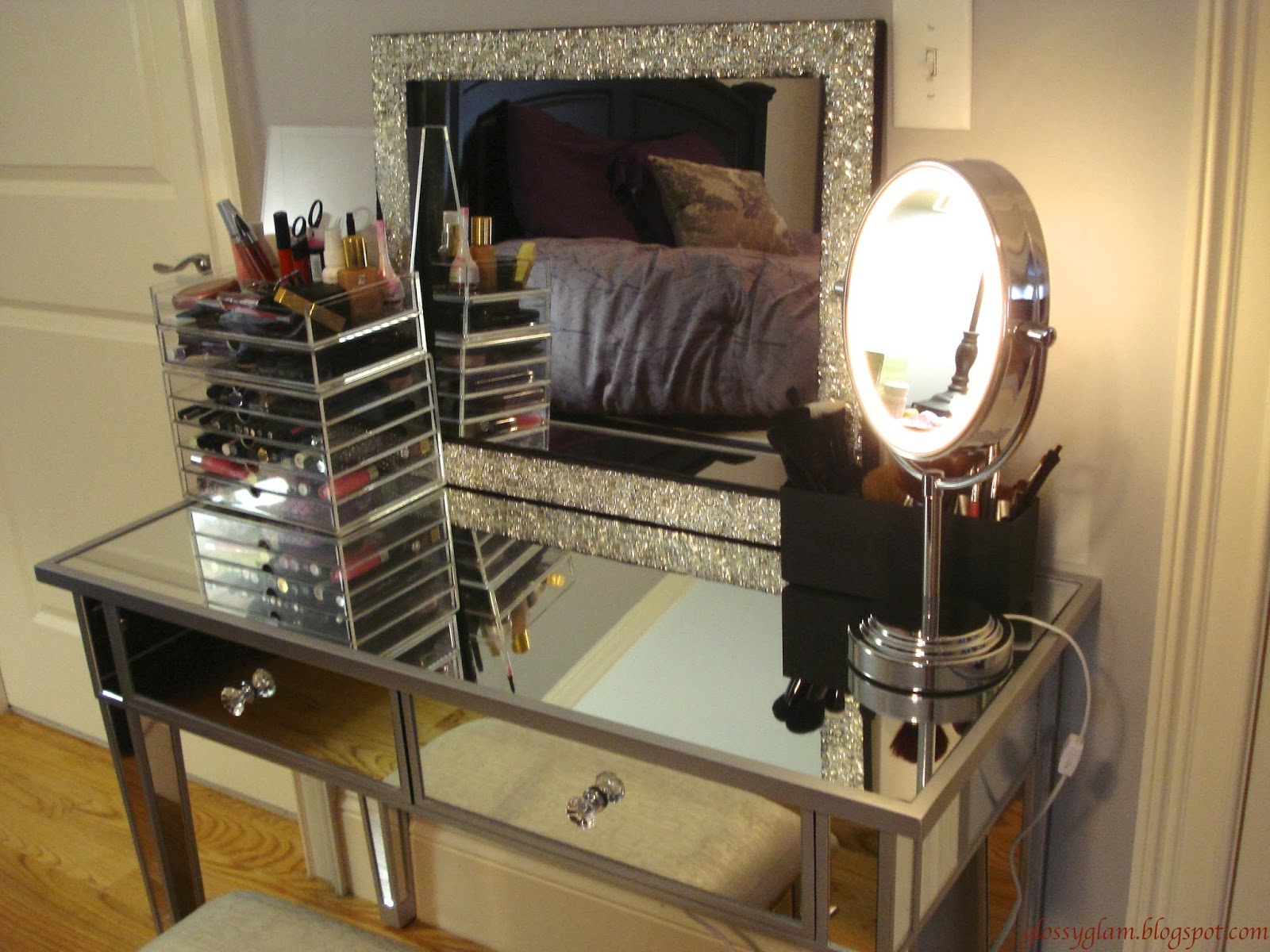 Cheap Vanity Sets for Bedrooms | Cheap Bedroom Vanities | Mirrored Vanity Set