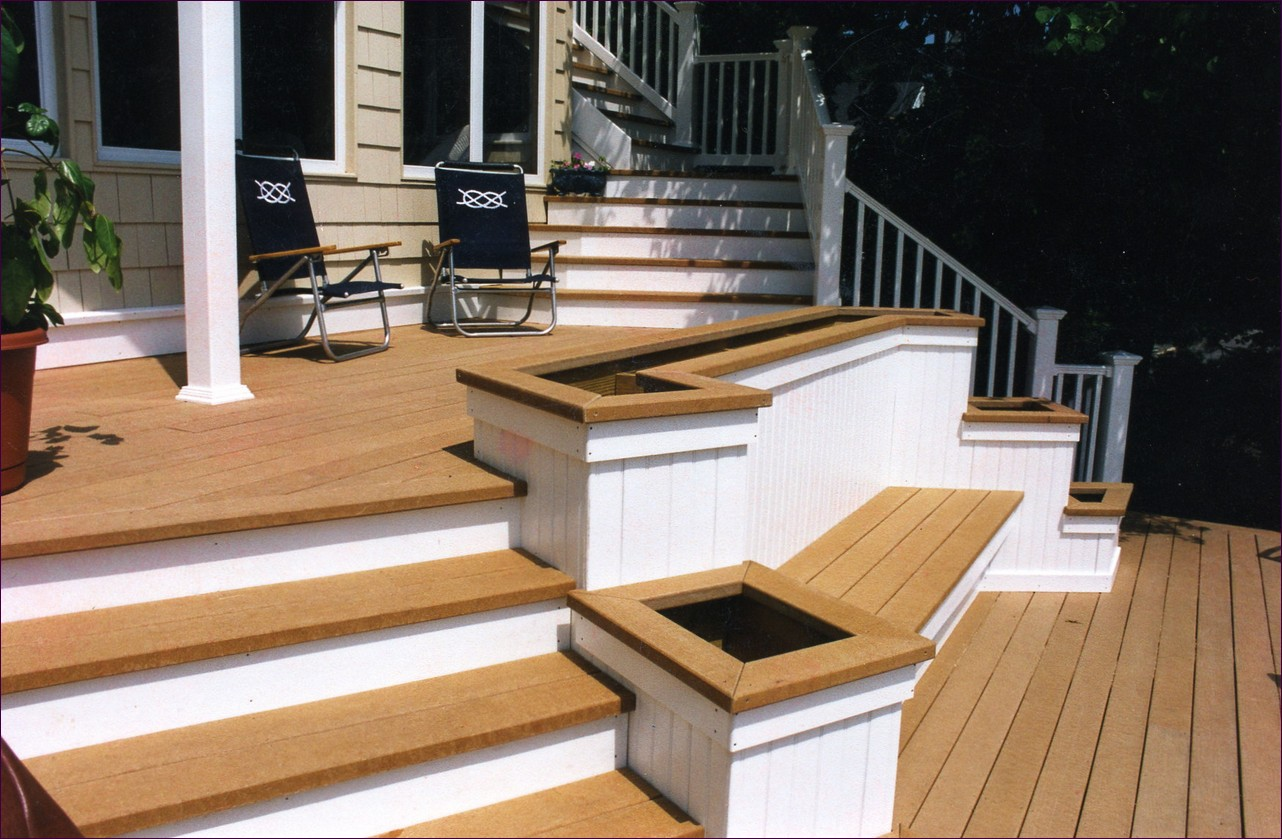 Cutting Stair Stringers for Decks | Build Deck Stairs | Building Exterior Stairs with A Landing