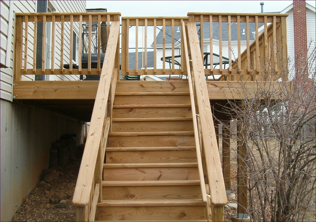 Cutting Stringers for Stairs | Building Deck Stairs Calculator | Build Deck Stairs
