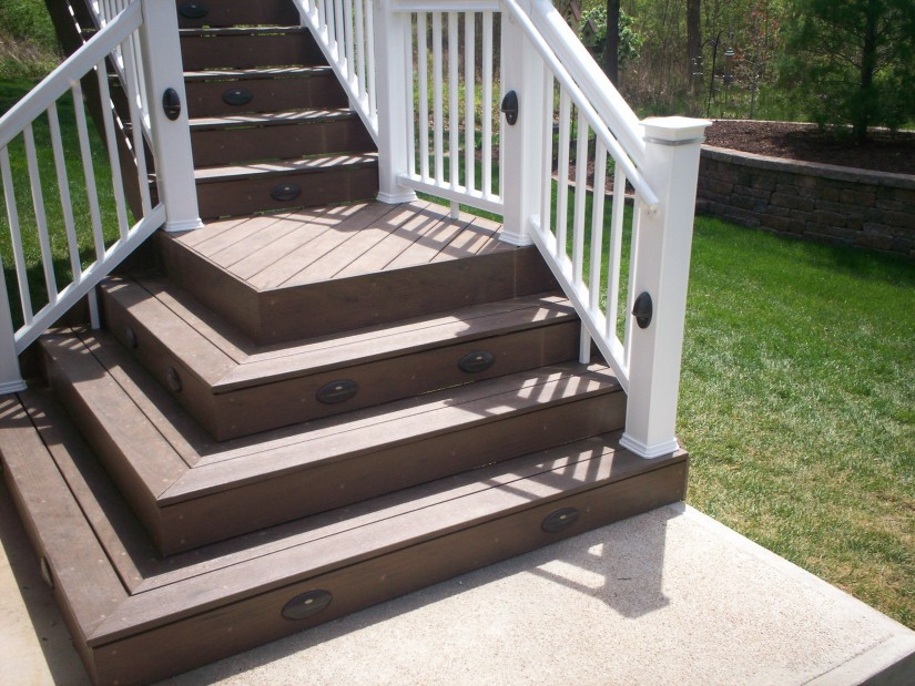 Deck Treads | Build Deck Stairs | How To Build Deck Stair Railing