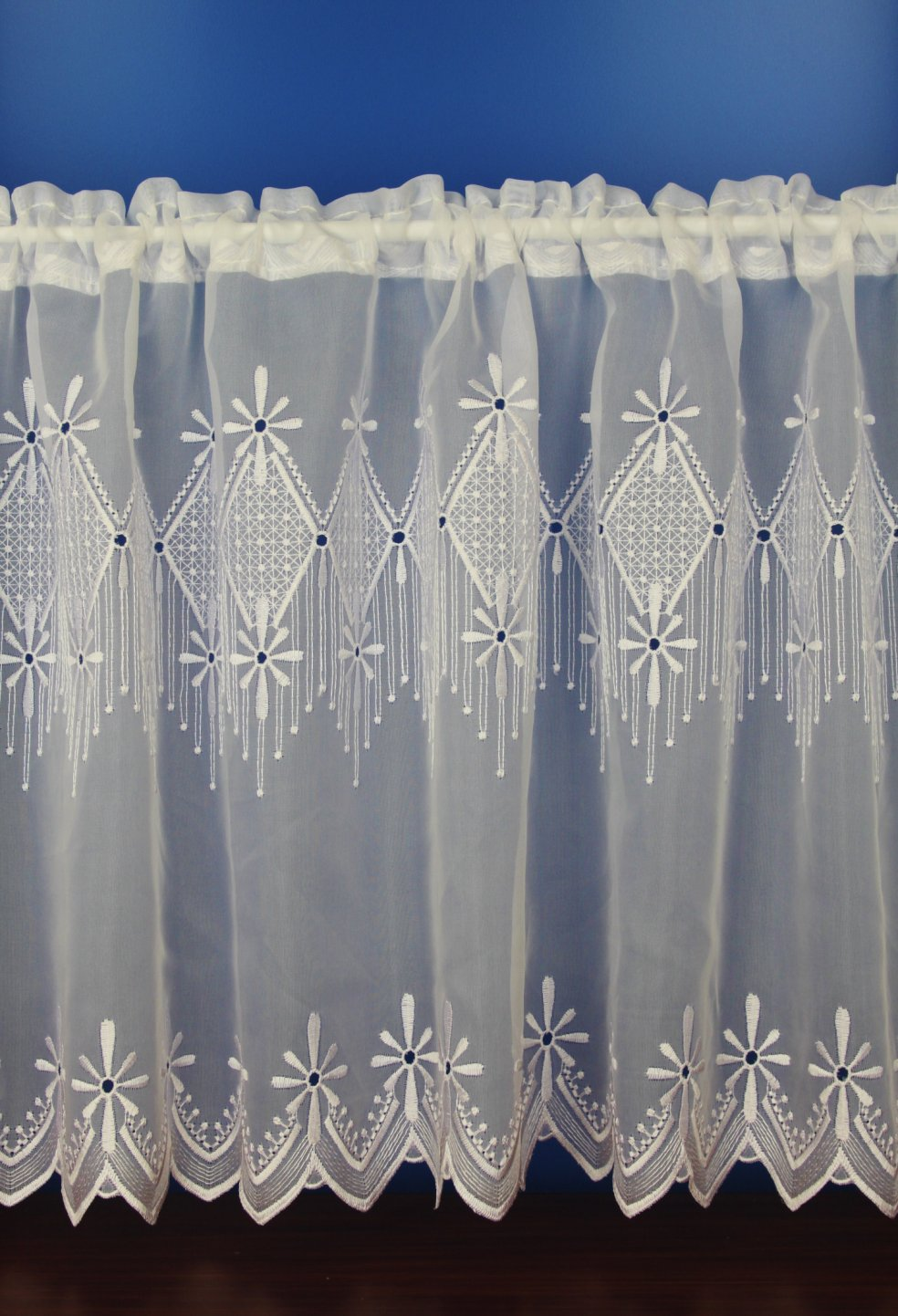 Embroidered Curtains | Embroidered Window Sheers | Urban Outfitters Curtains
