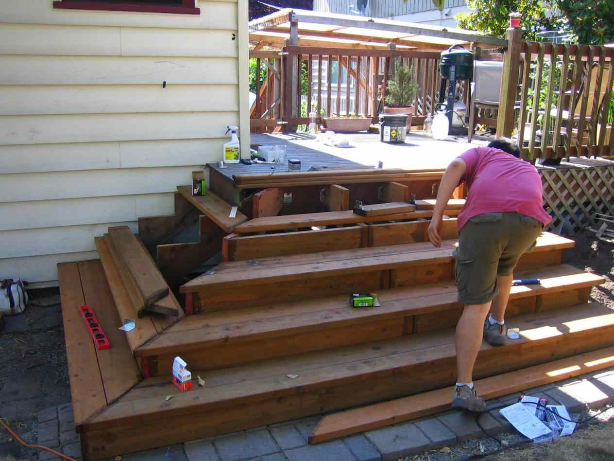 Exterior Stair Stringers | Build Deck Stairs | Build Your Own Staircase