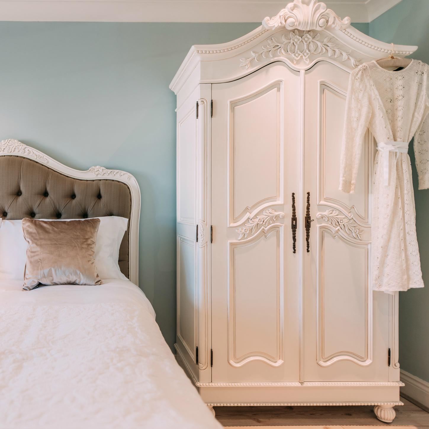 Free Standing Hanging Closet | Bedroom Furniture with Armoire | Free Standing Closet Wardrobe