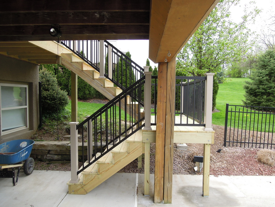 How to Build Deck Steps Without Stringers | Deck Stair Treads | Build Deck Stairs