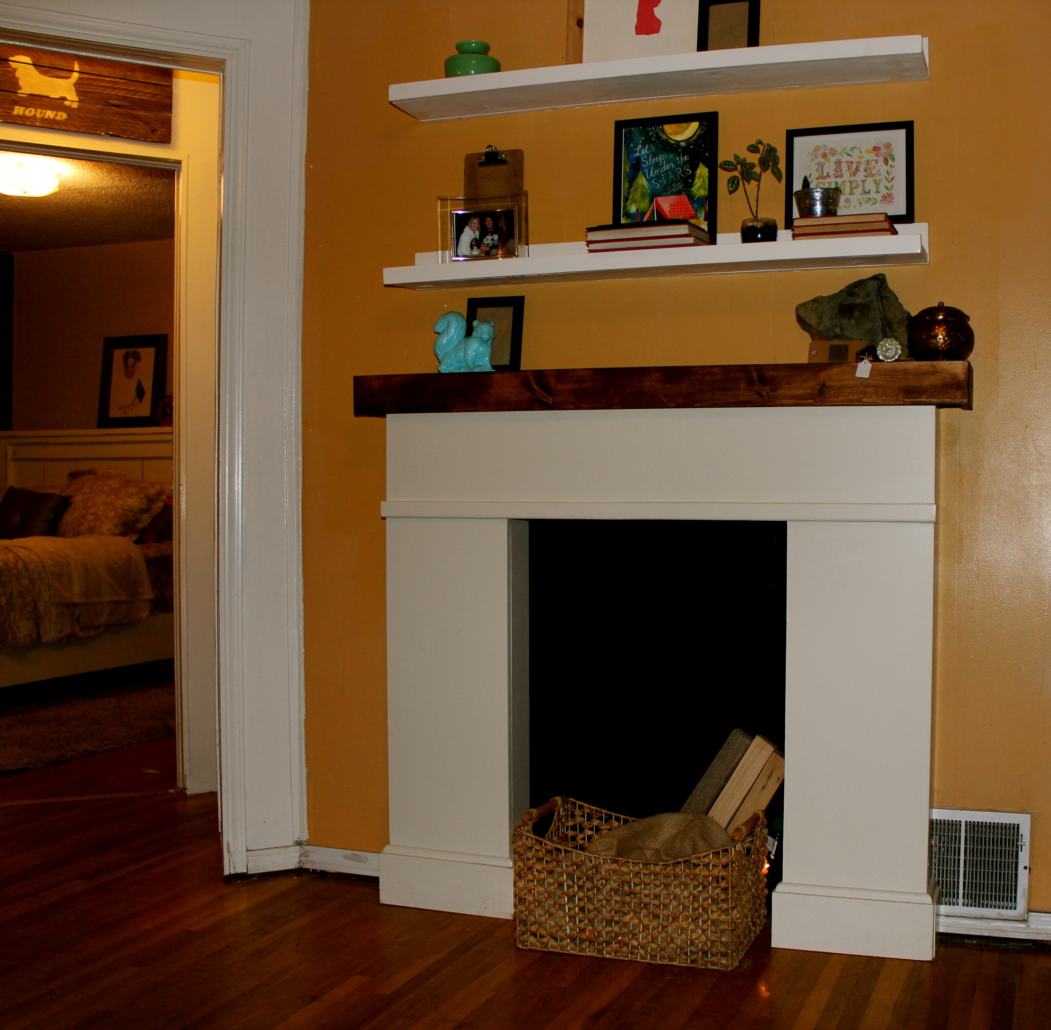Lowes Fireplace Mantel | Fireplace Mantel for Sale | Faux Fireplace Mantel Kits