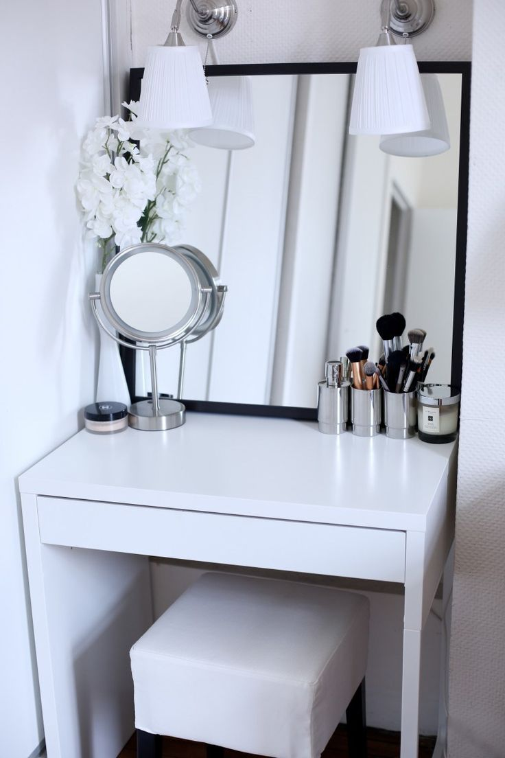 Mirrored Vanity Set | Cheap Bedroom Vanities for Sale | Cheap Bedroom Vanity