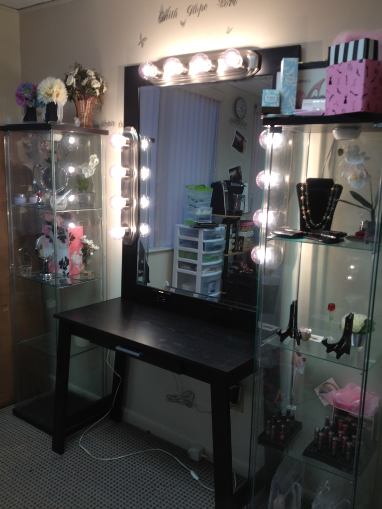 Mirrored Vanity Set | Dark Wood Makeup Vanity | Mirrored Bedroom Vanity Table