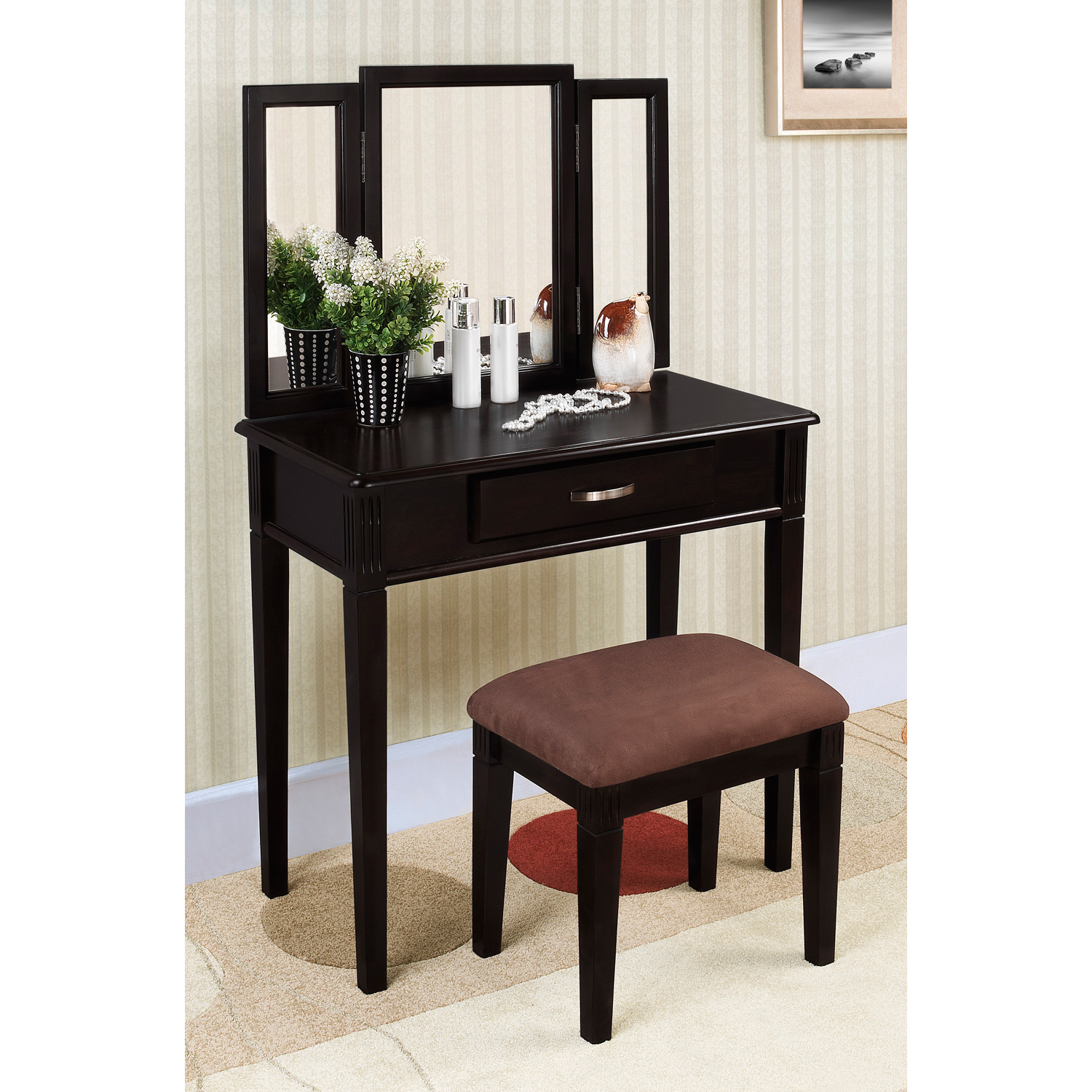 Mirrored Vanity Set for Elegant Bedroom Furniture Design: Mirrored Vanity Set | Tri Mirror Vanity Set | Cheap Bedroom Vanity Sets