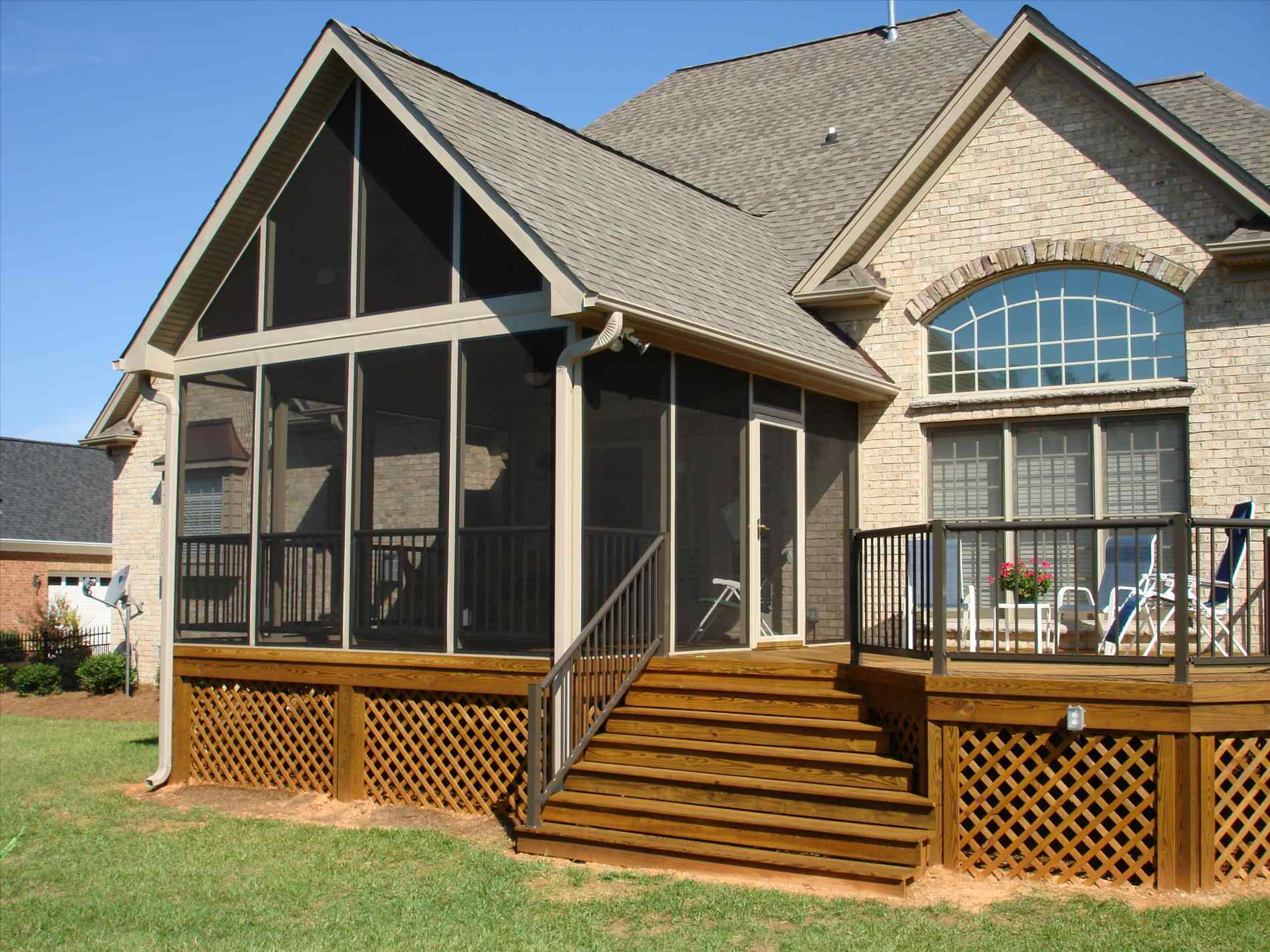 Mobile Home Porches | Front Porches for Modular Homes | Prefab Screened Porches