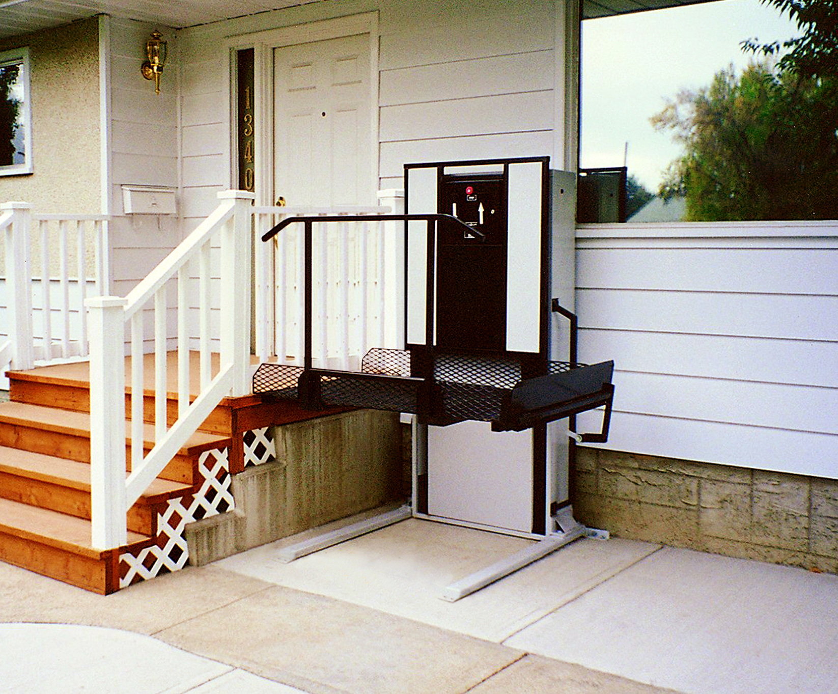 Inspiring Home Design Ideas with Mobile Home Porches: Mobile Home Porches | Mobile Home Porch Designs | Front Porches For Mobile Homes