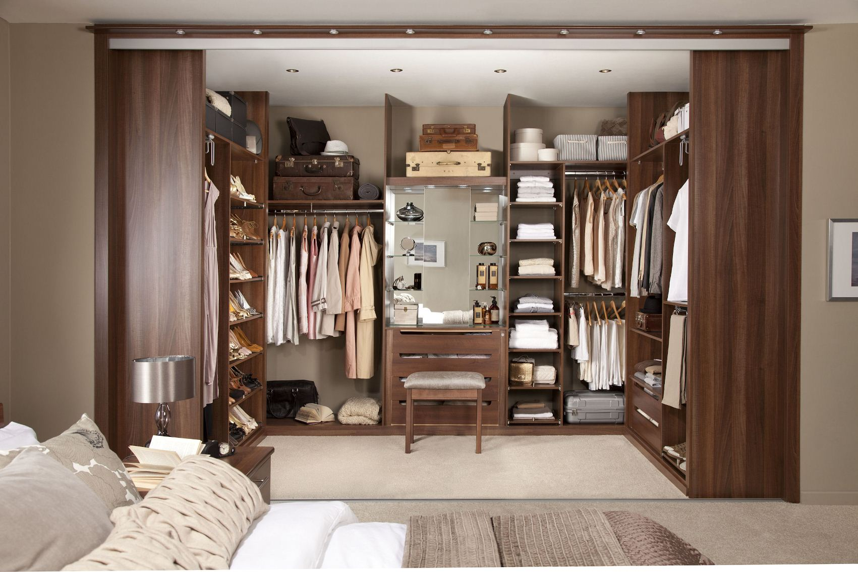 Small Walk in Closet Design Ideas | Closet Orginizers | Diy Walk in Closet